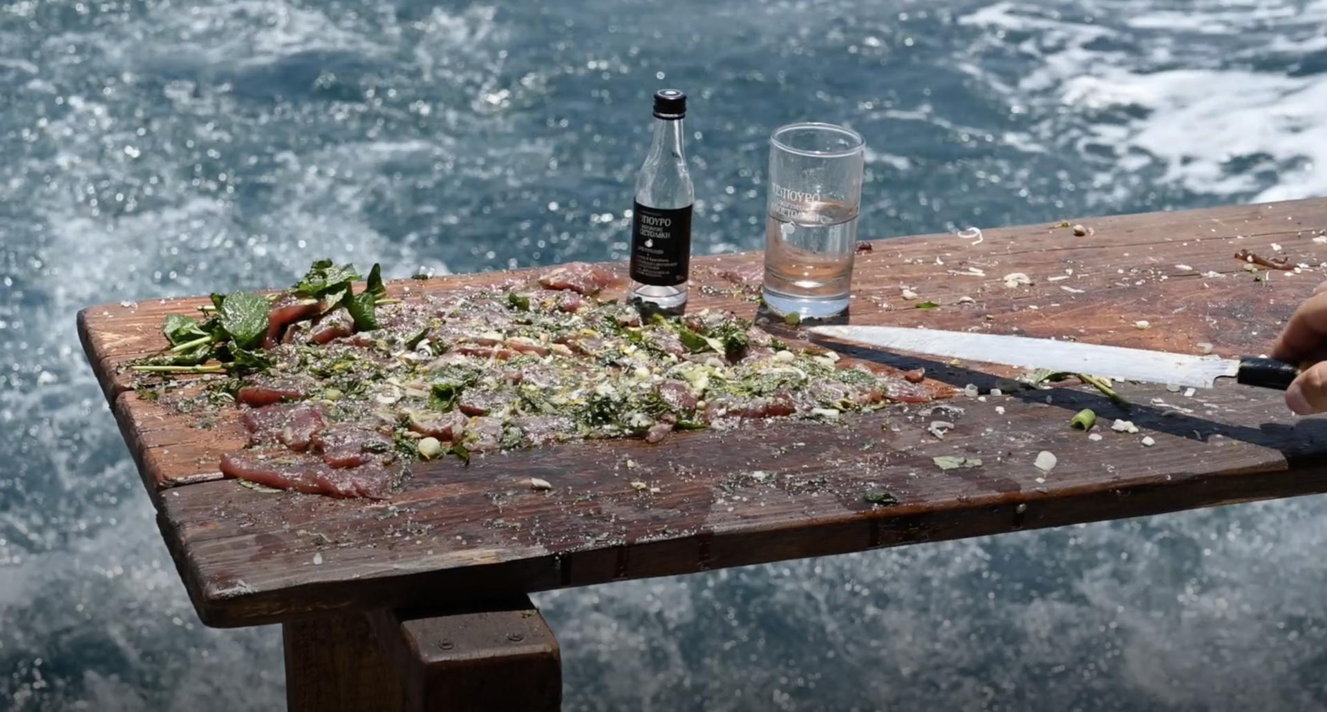 Τριλογία ταρτάρ από τον chef Νίκο Καραθάνο.